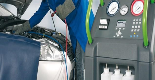 Cum îţi dai seama că maşina ta are nevoie de încărcare cu freon?