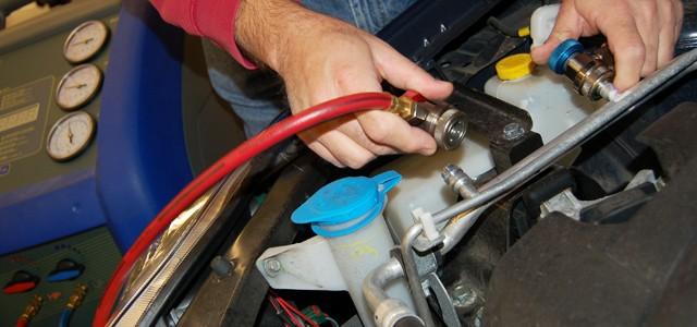 Impactul pozitiv al incarcarii cu freon auto asupra sistemului de climatizare la Skoda service-aer-conditionat-auto.jpg