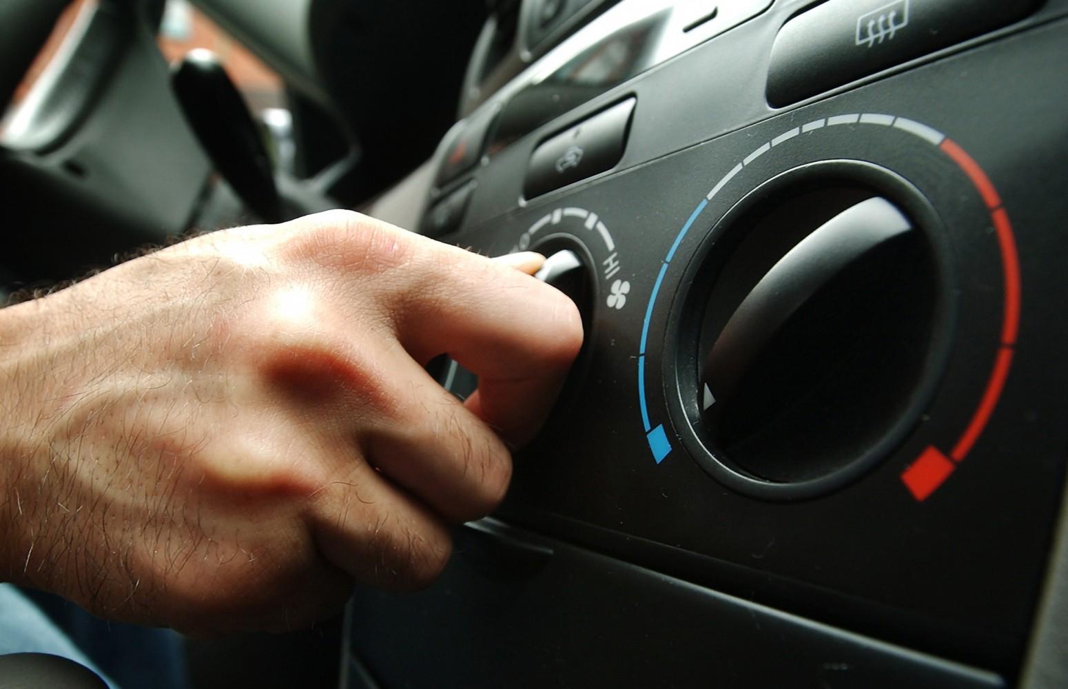 10 sfaturi şi trucuri pentru aerul condiţionat auto